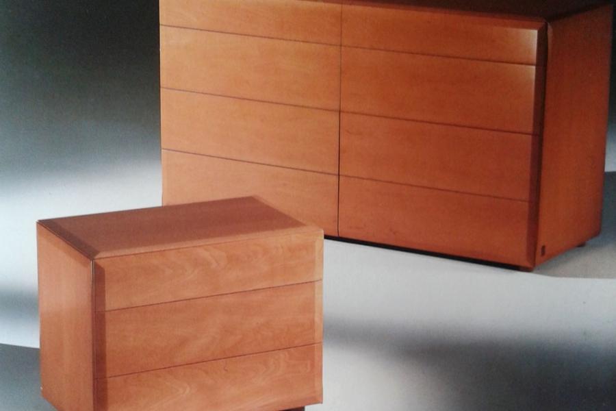 gruppo-como-comodini-prealpi-legno-pero