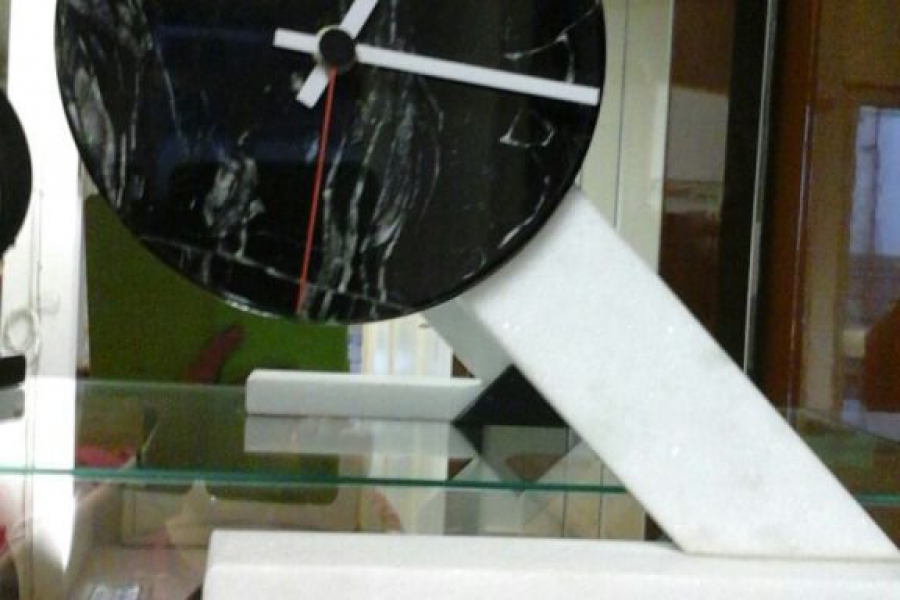 orologio-marmo-diagonale